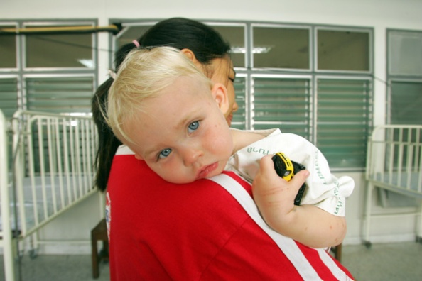 Young Swedish child whose mother is missing after tsunami disaster is cared for at hospital in ...